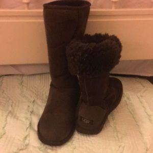 Ugg Chestnut Brown Boots Size 7 High Classic